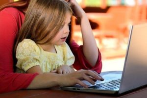 Teach Your Child Healthy Screen Time