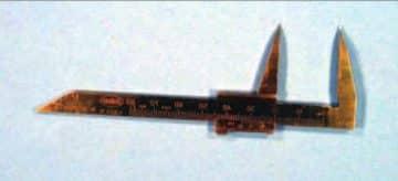 Measuring devices: Vernier gauge